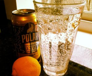 Seltzer is a healthier choice over soda, but still not great, here's why